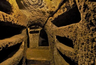 LivItaly Catacombs and Underground Tour