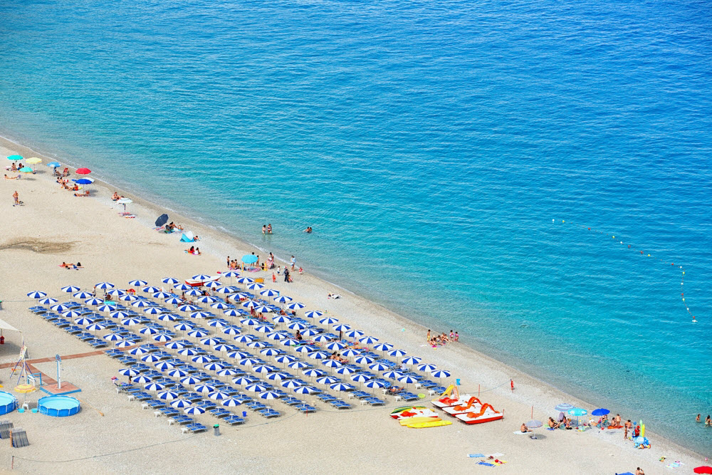 Exploring Rome Beaches Where To Go How To Get There Livitaly Tours