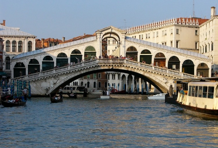 How as Venice built? | History of the floating city | LivItaly