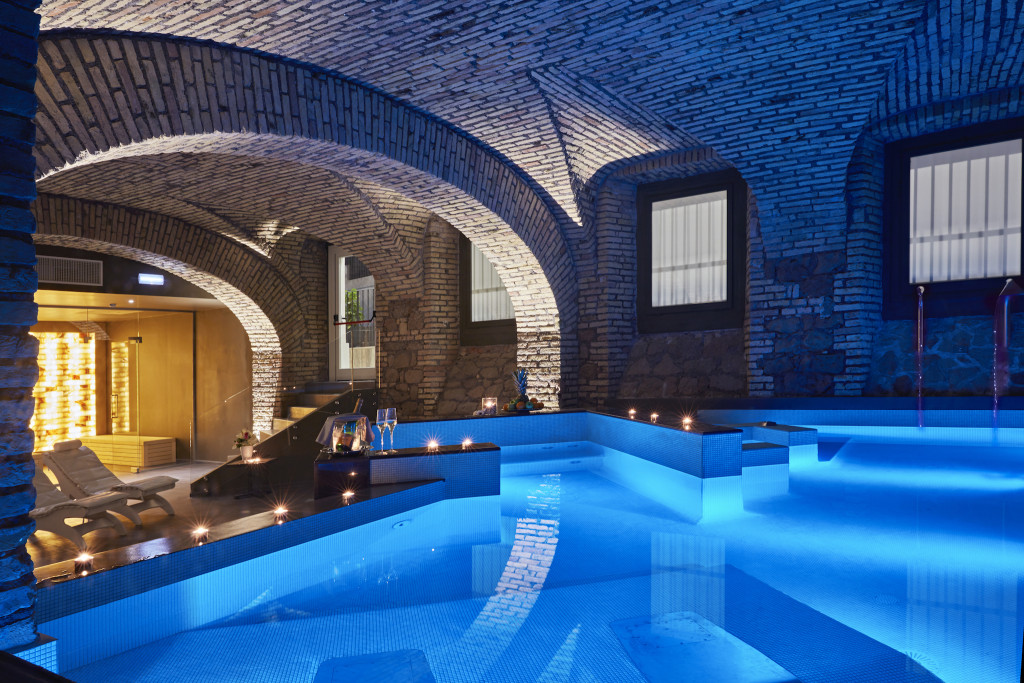 Best spas in rome luxury and unique spas in rome livitaly for Rome hotel piscine