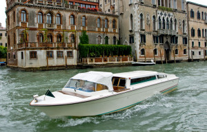 Venice public transport - Venice water taxis