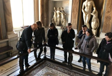 Morning Vatican Tour with Secret Room small group