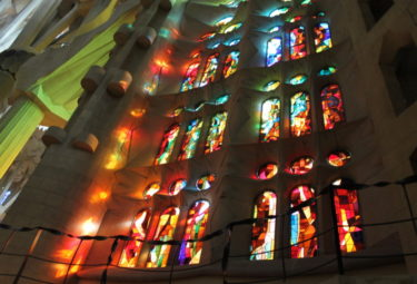 Early Entrance Sagrada Familia Private Tour with Tower Access