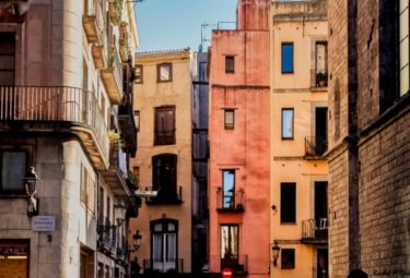 Barcelona Picasso Tour with Fine Arts School Exclusive Access | Small Group Tour