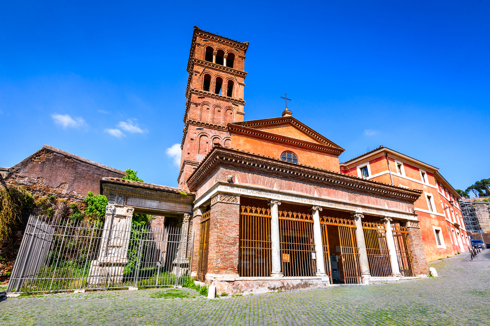 Where to see English Sunday Mass in Rome