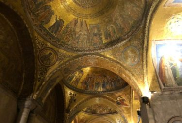 Private Venice Night Walking Tour with Exclusive Access Inside St Mark